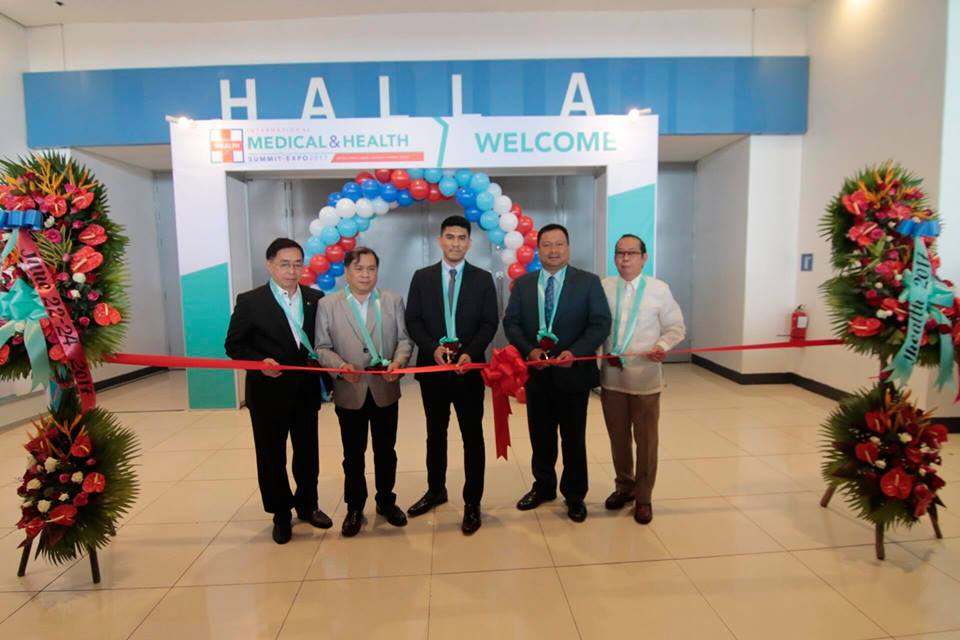 Senator JV Goes To International Medical and Health Expo held at the World Trade Center