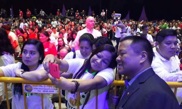 MEETING with the FILIPINO COMMUNITY in SINGAPORE