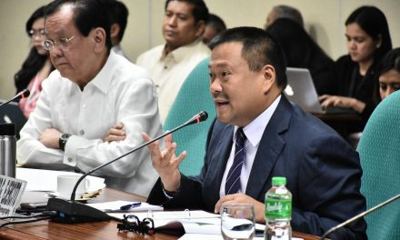 Senate bill aims to regulate parking fees in commercial establishments