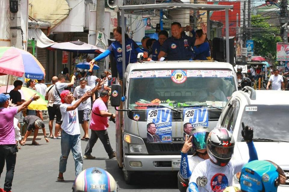 Motorcade around Alaminos, San Pablo, Calauan, Sta. Cruz and Pagsanjan in Laguna Province.