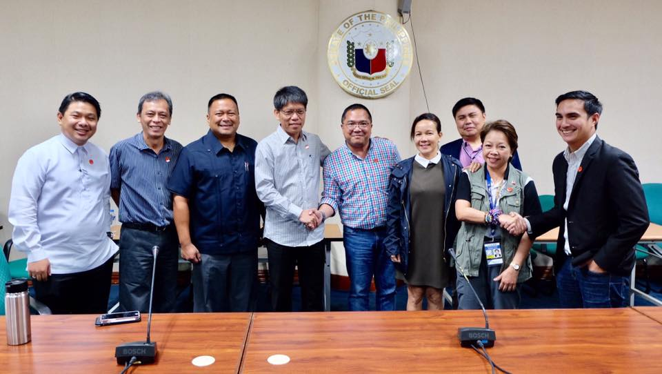 Sen. JV Conducted Meeting With The LTFRB and TNVS Representative.