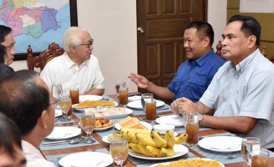 """Sen. JV In Here In Batangas For A Courtesy Call To Governor Hermilando """"Dodo"""" Mandanas."""