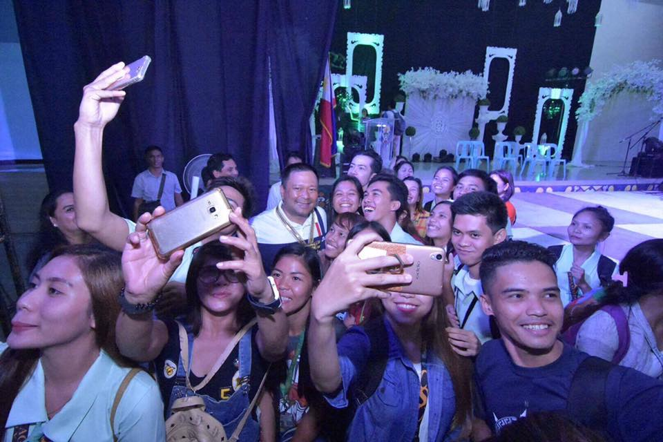 Sen. JV Ejercito During the Youth Economic Forum in Caraga State University.