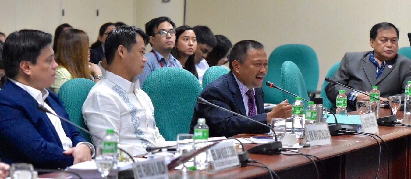 Sen. JV Ejercito at the hearing on the proposed Bangsamoro Basic Law
