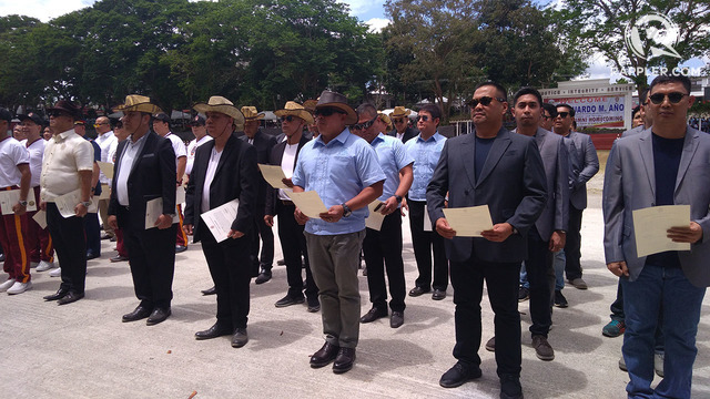 PNPA alumni adopt PNP chief Dela Rosa, Senator Ejercito